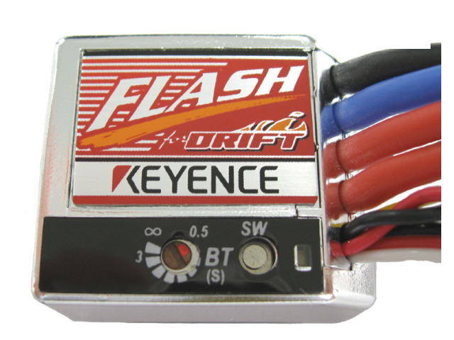 ラジコン                     ラジコン FLASH フラッシュ エディションD ドリフト仕様モデル カラー:プラチナ